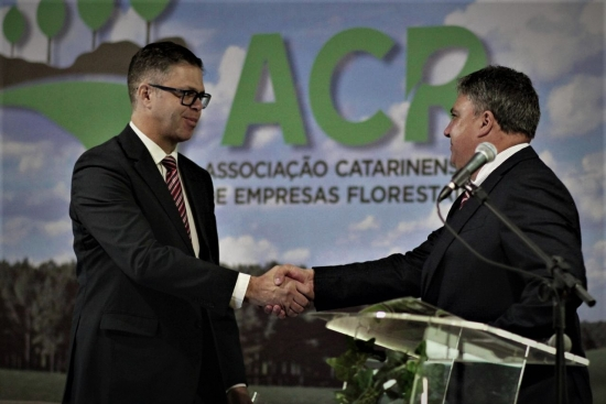 Alex Wellington dos Santos sucede Ali Abdul Ayoub na presidência da ACR